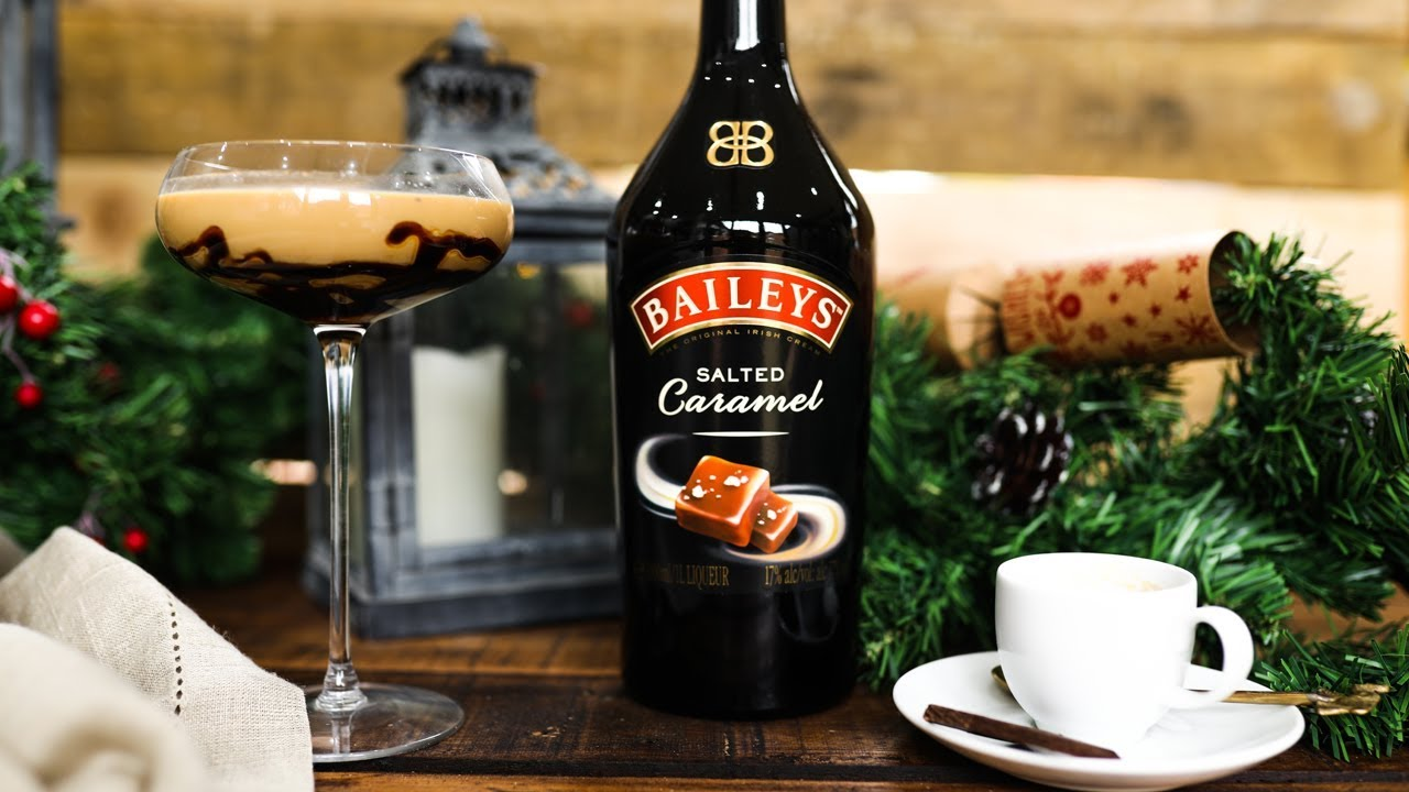 Baileys Chocolatini Cocktail christmas cocktails with haste's kitchen | bailey's salted caramel |  #giftswithlove