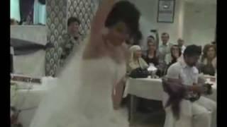 best arabic  wedding dance ever افضل رقص