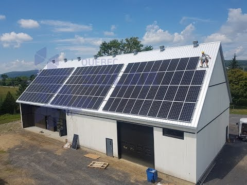Québec Solar. How to install Commercial solar panel system - time lapse.