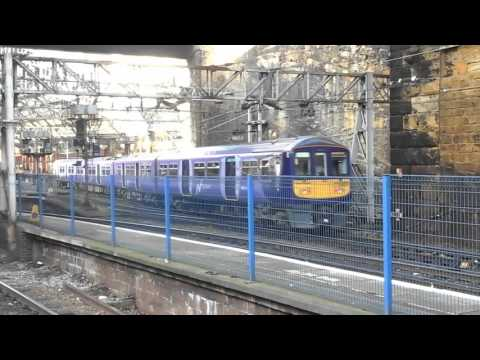 Trains at: Liverpool Lime Street, WCML, 07/12/15