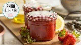 Youtube video Nekaj minutna jagodna marmelada z agarjem in brez sladkorja