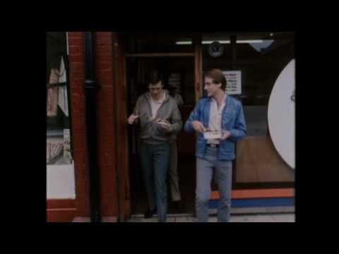 ALFRESCO - Wally - Hugh Laurie, Ben Elton, Stephen Fry