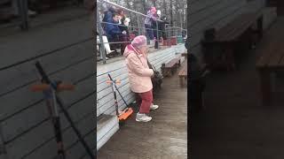 Уроки танцев от Бабушки)))