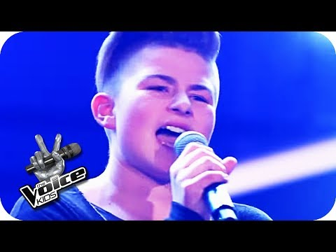 Marc Cohn - Walking in Memphis (Markus) | The Voice Kids 2017 | Blind Auditions | SAT.1