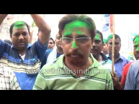 Trinamool Congress  supporter speaks against BJP and Congress party in Asansol