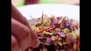 Салат с шинкованной капусты с арахисовым маслом
