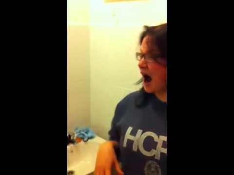 Izzie does the cinnamon challenge!!!