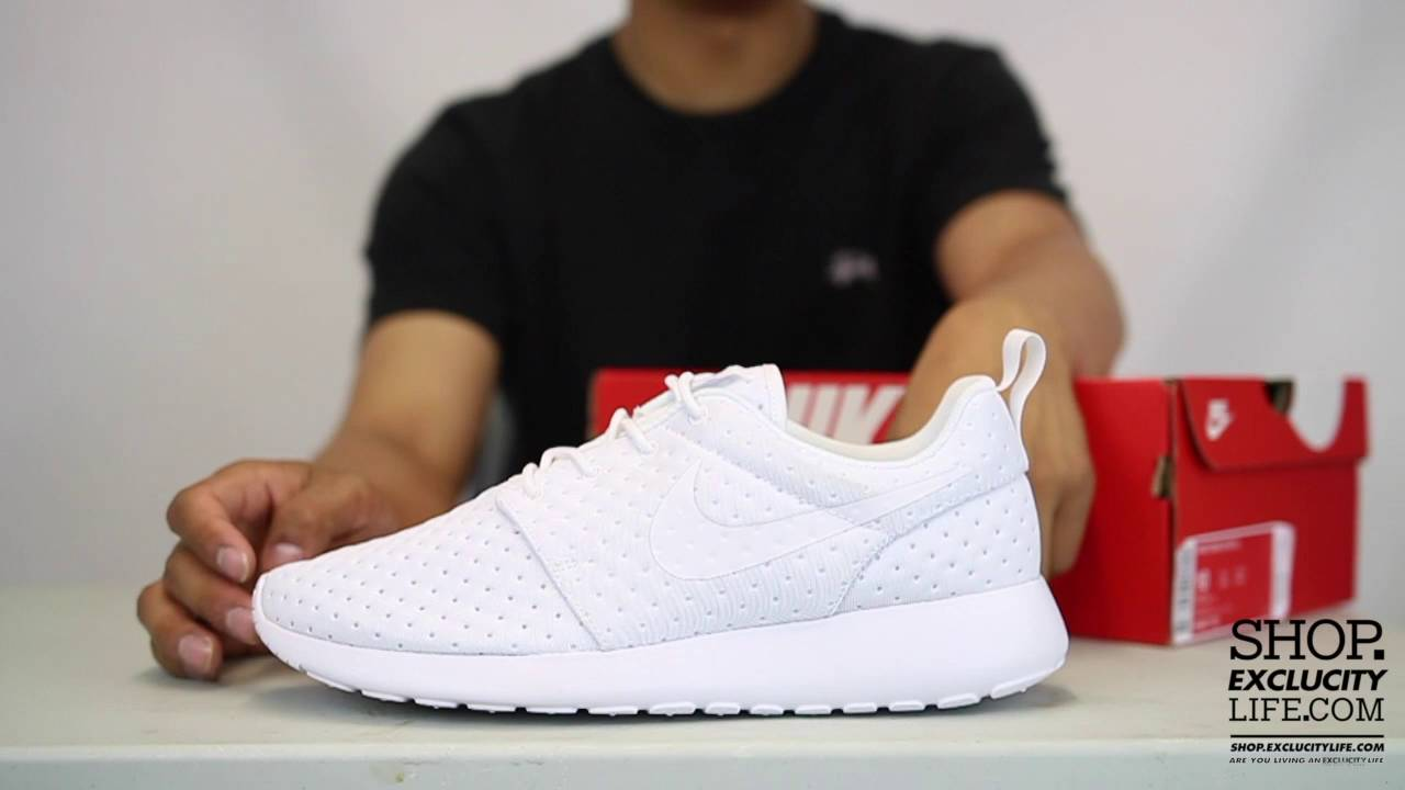 release date 46289 25bb9 Nike Roshe One SE Triple White Unboxing Video at Exclucity