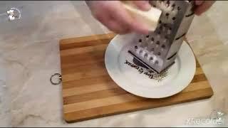 Очень вкусный и простой рецепт завтрака из яйца сосиски и сыра
