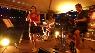 I'M SO EXCITED - THE POINTER SISTERS Cover LIVE( Idylle Trio ) Cam sound