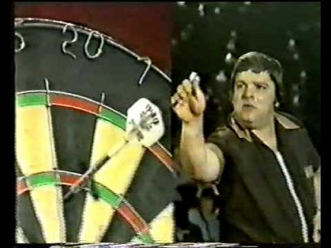 Jocky Wilson vs John Lowe 1982 Embassy Final Part 13