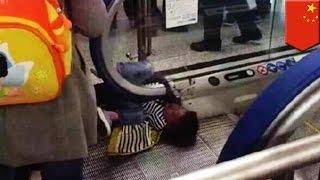 Batang lalaki naipit ng escalator at namatay; isa nanamang delikadong escalator sa China — TomoNews
