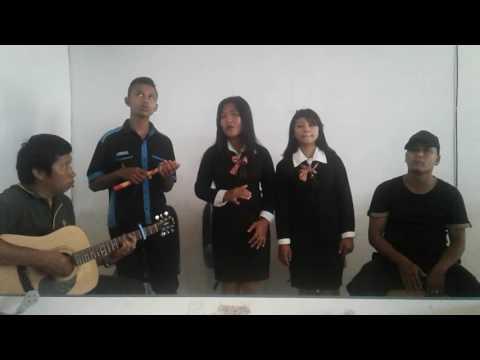 Masihol (Cover Marsada)/ SMK HKBP Sidikalang 2017
