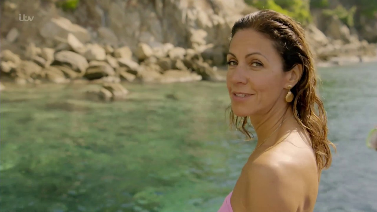 Julia Bradbury, Diving in - YouTube