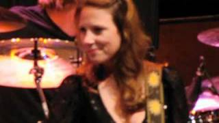 Susan Tedeschi • The Feeling Music Brings