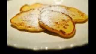 Как приготовить сырники вкусно   из творога. Рецепт под видео.(Как приготовить сырники вкусно из творога. Рецепт: ИНГРЕДИЕНТЫ: 250 г творога 1 маленькое яйцо творог крупи..., 2014-10-09T10:49:52.000Z)