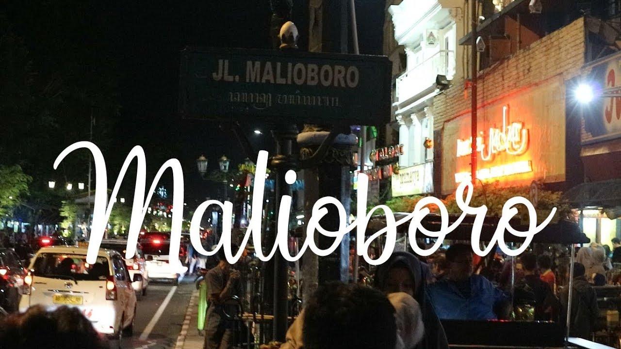 jalan jalan ke malioboro di malam hari ramai sekali  jogja istimewa ... 628ca3f597
