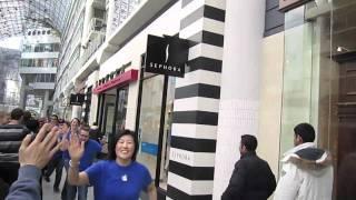 Старт продаж iPad 2 в Торонто 25 марта 2011