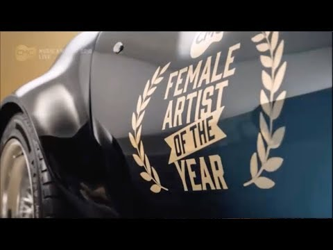 Christie Lamb - CMC Female Artist of the Year 2018