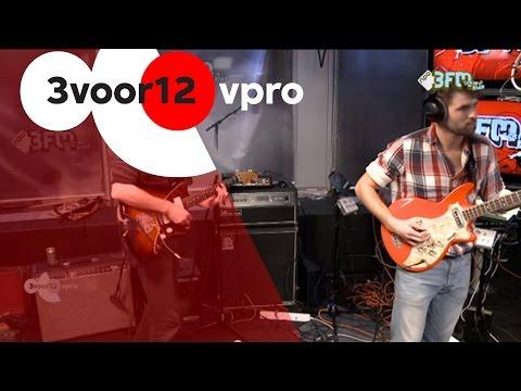 Nouveau Velo - New Guinea Live bij 3voor12 Radio