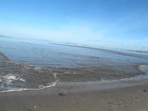 Tsunami At Raido Point Beach Oakland Ca