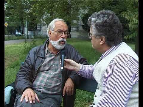 Luc Sala with Prof. Asen Balikci discuss visual anthropology, 2000