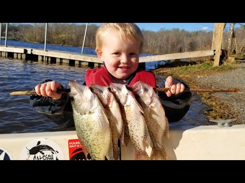 Catch Clean And Cook Crappie! How To Catch Crappie In Spring (Drifting For White Crappie)