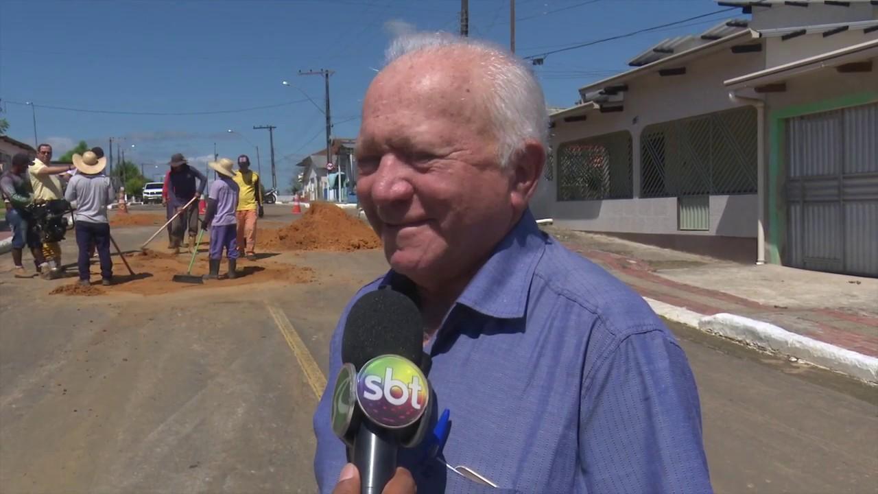Prefeito de Rodrigues Alves dá início a operação tapa buracos no município