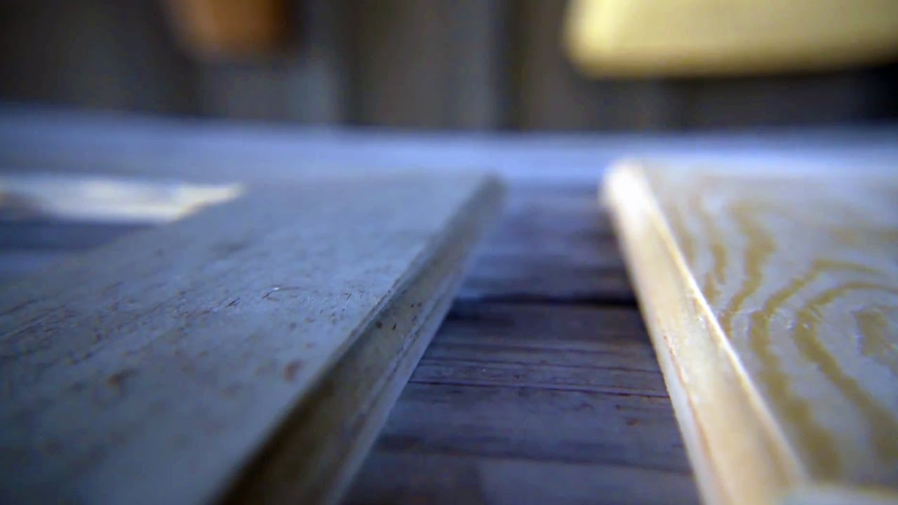 The Modern DIY Life: Cheap and Easy DIY Dark Wood Stain