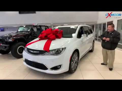 2020-chrysler-pacifica-limited,-for-sale-at-oxmoor-chrysler-in-louisville-ky