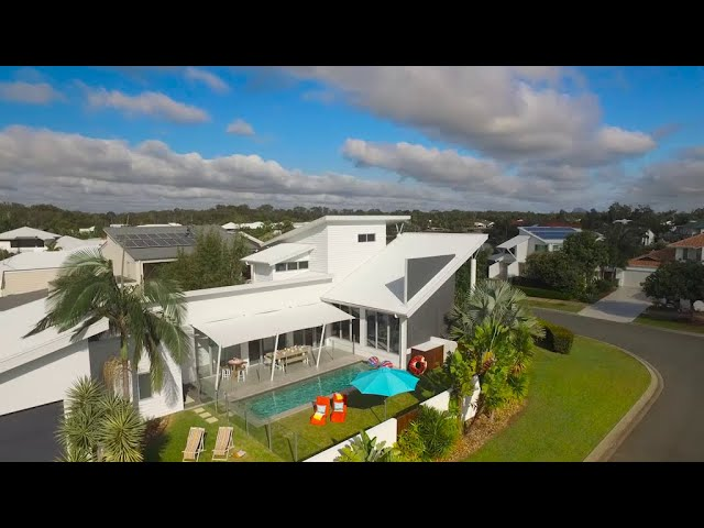 Endeavour Prize Home - Twin Waters