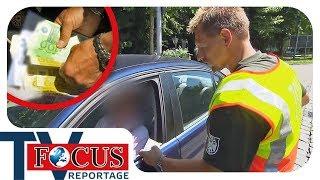Geheimen Auslandskonten auf der Spur: Schwarzgeldjäger im Einsatz | Focus TV Reportage Classics