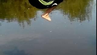 Самые прикольные прыжки в воду № 1