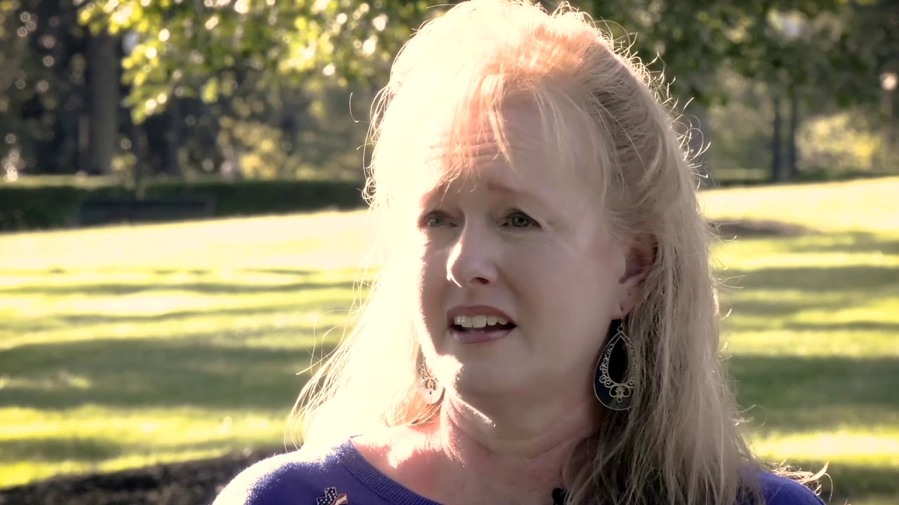 Tragedy Leads to a Transformed Life | Laurie Thompson's Testimony