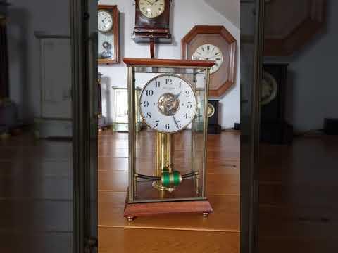 Bulle Glass Clock, Date 1920- 24