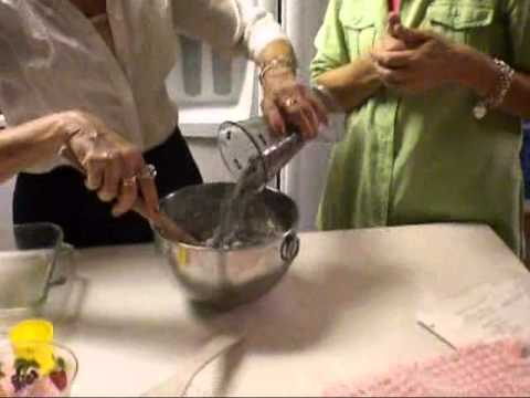 3 Sisters Cooking Italian - Blueberry Buckle Cake