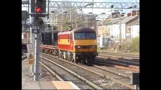 90018 passes Stafford working Garston - Dagenham Empty Ford Car Train