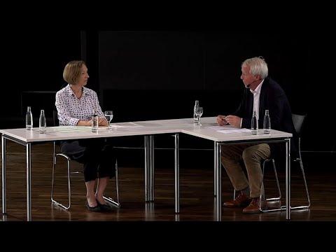 Margrit Frölich/Michael Fleiter: Bedingungslose Kapitulation 1945, Die Amerikaner in Frankfurt
