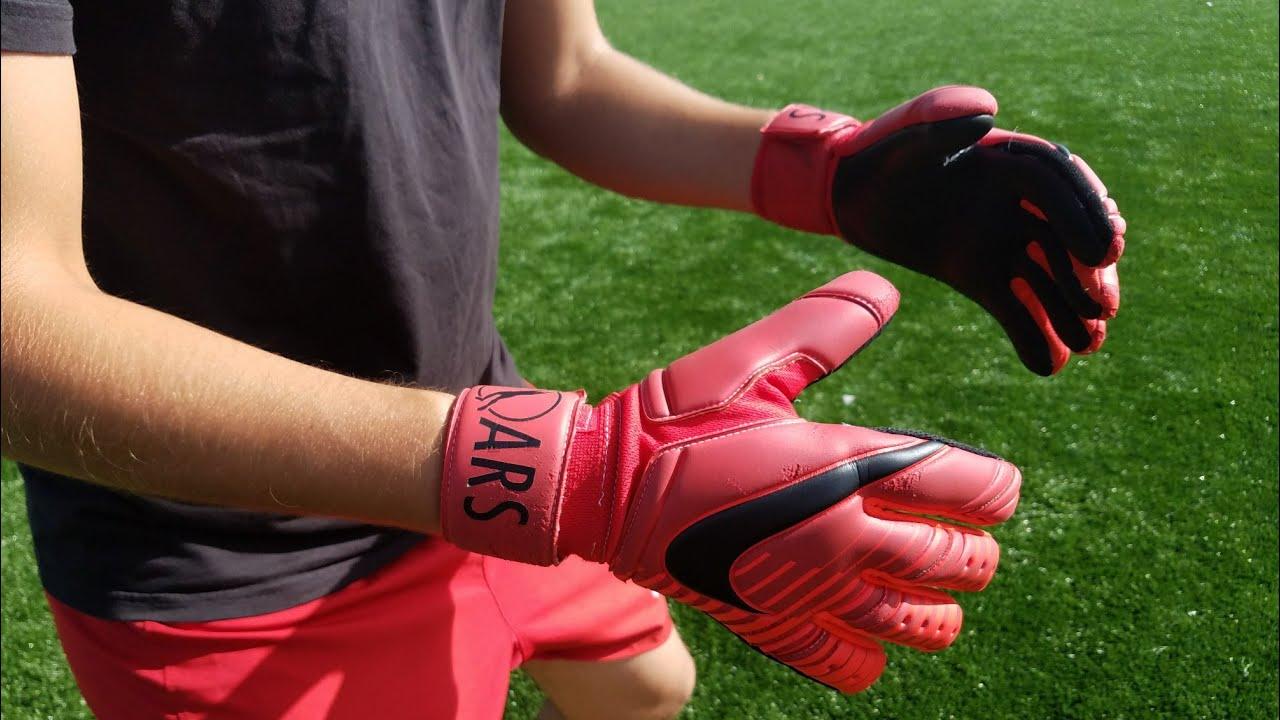 39a04e4f14c Goalkeeper Glove Review  Nike Fire Premier SGT Reverse Stitch - YouTube