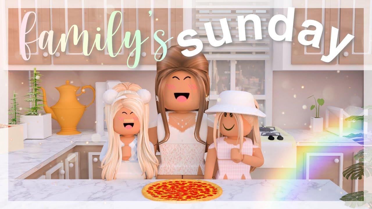 Small Family's Sunday Evening | Roblox Bloxburg Roleplay