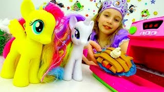 Игры для девочек Май Литл Пони и #Принцесса СОФИЯ готовят ПЛЕЙ ДО пирог! Игрушки пони