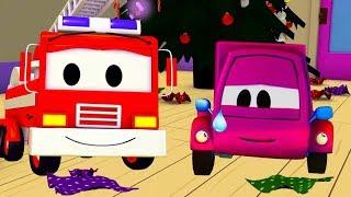 Der Streifenwagen mit dem Feuerwehrauto und Suzy und die ges...