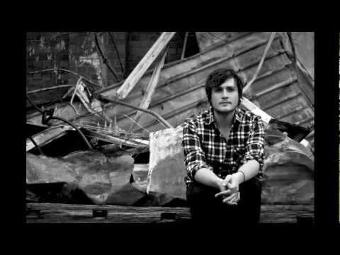 Клип Hayden Calnin - Shutters