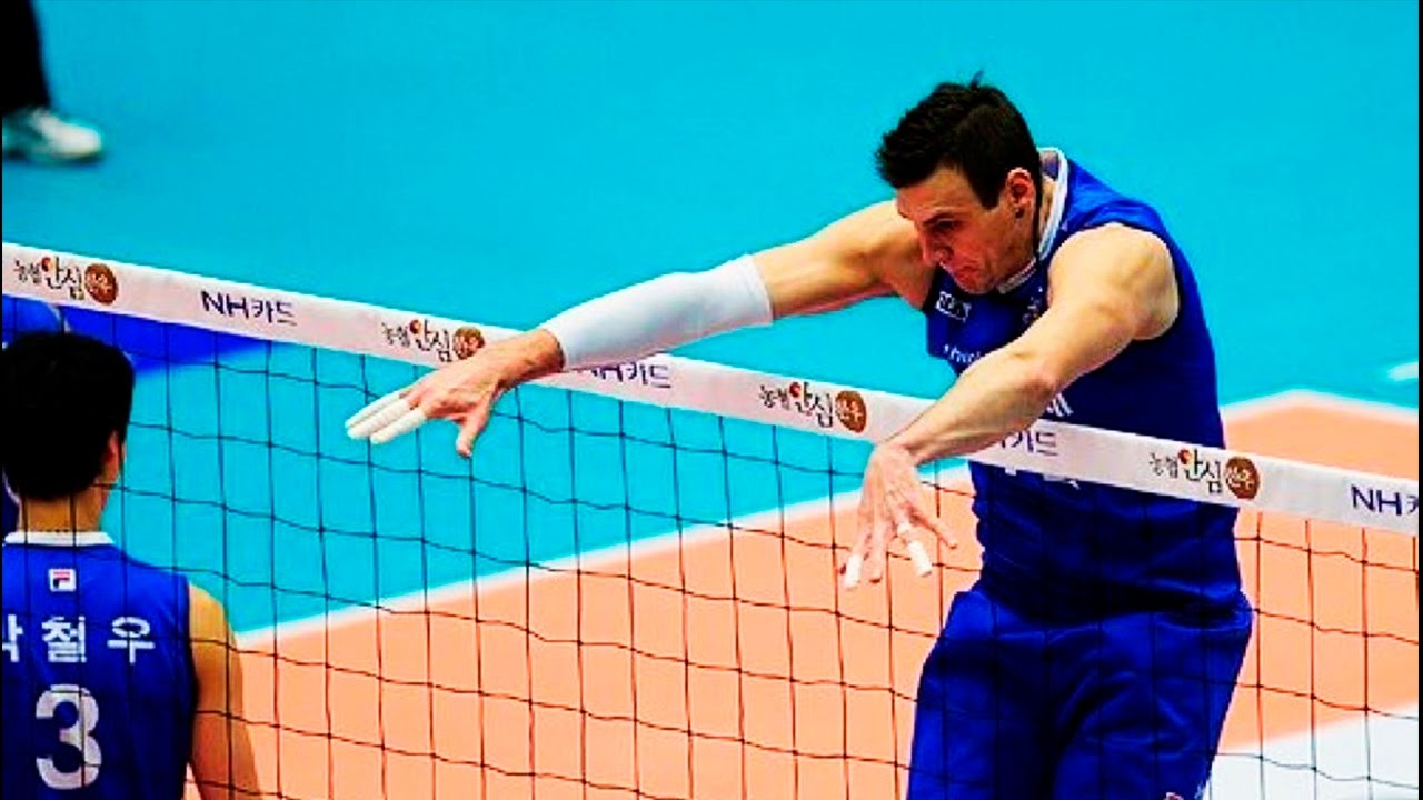 Top 10 Monster Blocks Of All Time Volleyball Youtube