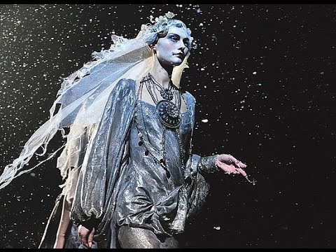 John Galliano | Fall Winter 2009/2010 Full Fashion Show | Exclusive