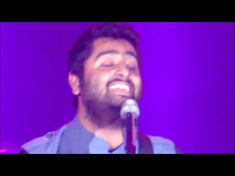 Arijit singh singing his favorite songs at Chicago Concert
