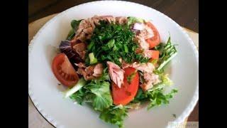 Полезный быстрый салат с тунцом