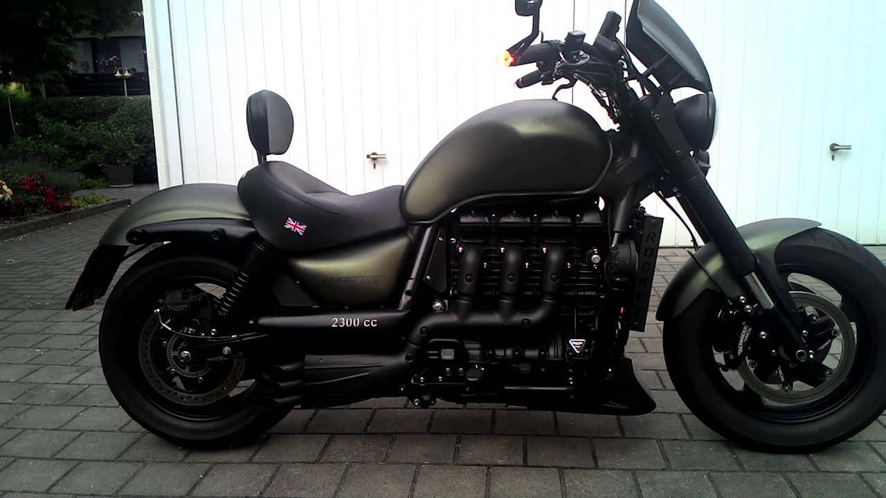 Triumph Rocket Heavy Modifications Short Exhaust Youtube