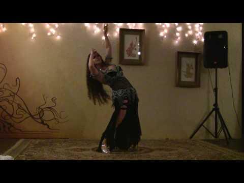 Lebanese Dancer from Karim Nagi show