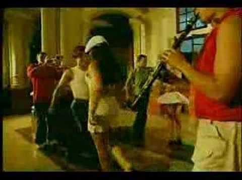 El Boca Seca - Traviezoz de la Zierra #DelMusicRoom 2015из YouTube · Длительность: 3 мин27 с